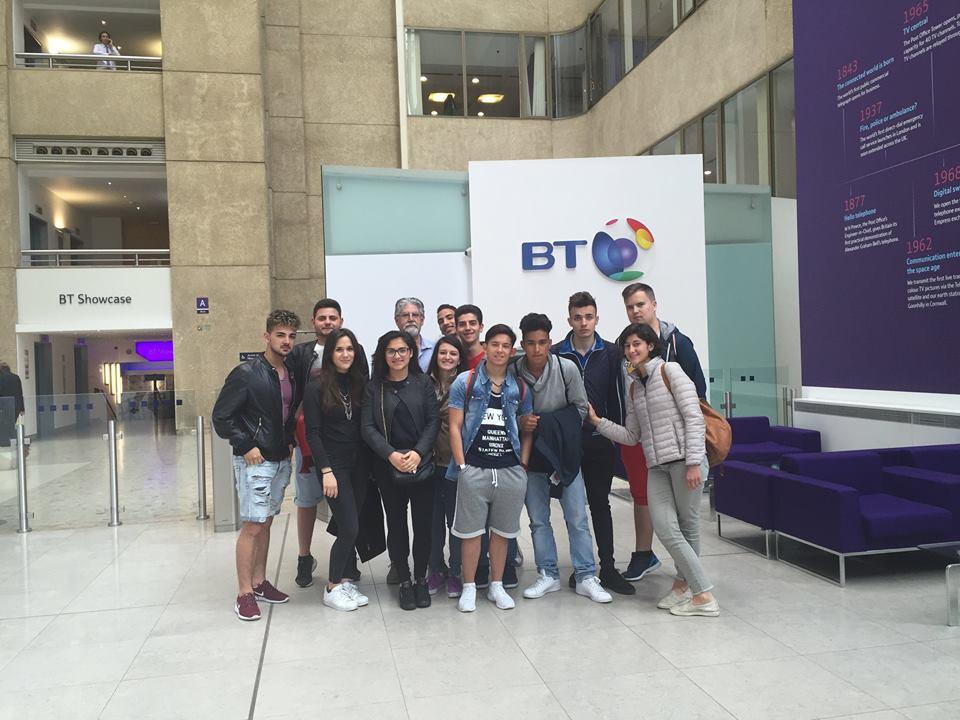 Studenti progetto ICT Londra visita